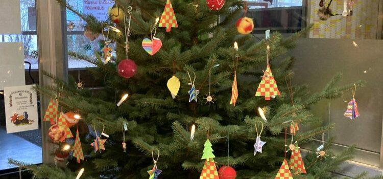 Wir wünschen Ihnen und Ihren Familien eine besinnliche, schöne Weihnachtszeit und Gesundheit und Zuversicht für das Jahr 2021